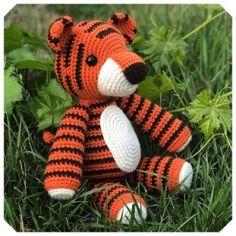 Gratis haakpatronen van Jess Huff   Een Mooi Gebaar Lion Crochet, Crochet Elephant, Crochet Amigurumi Free Patterns, Crochet Animal Patterns, Stuffed Animal Patterns, Crochet Animals, Crochet Dolls, Free Crochet, Amigurumi Tutorial