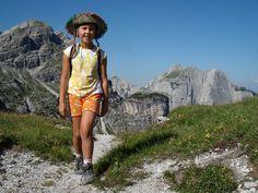 trekking nella natura dell'Altopiano della Paganella