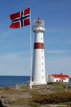 #Lighthouse - Torungen #fyr Arendal - #Norway    http://dennisharper.lnf.com/
