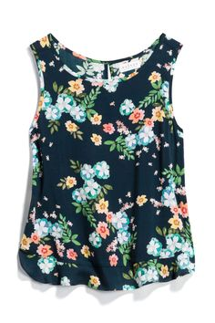 I love floral tops! New Outfits, Casual Outfits, Casual Clothes, Stitch Fix Stylist, Style Me, Floral Tops, Stylists, Dress Up, Style Inspiration