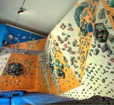RSTK: Instalaciones: El Muro y La Sala de Boulder Rock Climbing Gym, Walls