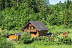 Chalet Le Pré Oščadnica Home Fashion, Cabin, House Styles, Home Decor, Chalets, Homemade Home Decor, Cabins, Cottage, Decoration Home