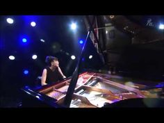 Hiromi Uehara - Piano solo Old Castle, by the river, in the middle of a ... Now do you see why I said this new artist Hiromi should've been showcased at the 2014 Grammys playing piano!!?