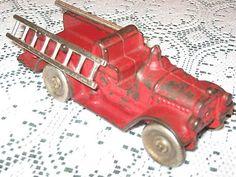 Antique Marked Kilgore FT786 Cast Iron Ladder Truck w Ladders RARE c1930'S   eBay