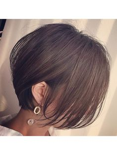 Girls Short Haircuts, Cute Haircuts, Short Bob Hairstyles, Asian Short Hair, Short Hair Cuts, Graduated Haircut, Beautiful Brown Hair, Tomboy Hairstyles, Shot Hair Styles