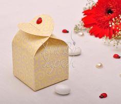 Sarı Motifli Krem Rengi Kutu #nikah #şekeri