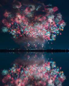 """""""Hanabi Taikai"""": straordinari fuochi d'artificio nei cieli estivi delle notti giapponesi"""