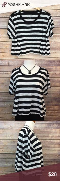 "Free People Striped Crop Top Free People Striped Black and White Crop Top. EUC. Pit to pit 20""/ length 19"". Free People Tops Crop Tops"