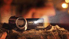Videocamere Handycam® con proiettore integrato; probably 10 min battery life? still impressed