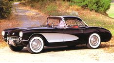 1957 Corvette Coupe w/ Black Hardtop