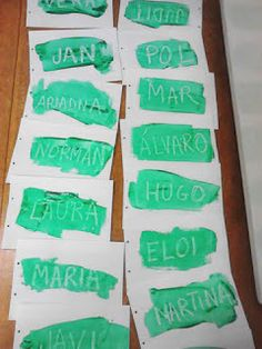 Aprenem el nostre nom fent màgia amb pintura. Pre Writing, Writing Skills, Name Crafts, Name Activities, Math Groups, Reggio Emilia, School Hacks, Literacy, Nom Nom