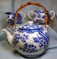Tea Pot Cherry Blossom White Blue Vintage Porcelain Japan UME Creamer Sugar Set