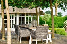 Fotografie: www.passiefoto.nl Outdoor Furniture Sets, Outdoor Decor, Pergola, Outdoor Structures, Home Decor, Lawn, Decoration Home, Room Decor, Outdoor Pergola