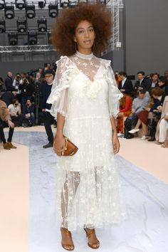 Solange Knowles Rocks an Ethereal White Dress at Paris Fashion Week The singer brings a touch of spring to rainy Paris at the Chloe show in an ethereal white dress by the designer. Solange Knowles, Fashion Week, Star Fashion, Fashion Outfits, Paris Fashion, White Chic, White Lace, Vanity Fair, Look Star