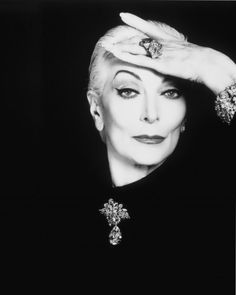 Carmen Dell'orefice, Guinness, Dorian Leigh, Fashion Through The Decades, Diana Vreeland, Ageless Beauty, Young Models, Vogue Magazine, John Galliano
