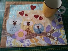 Mug Rug + Caneca ~Something similar to this for Helen, but an owl and monkey (for mattie) hanging by his tail...?~m
