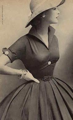 Jean Patchett, circa 1950s. I wish dresses like this were still in style, petticoat and all.