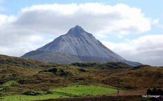 Mount Errigal, co Donegal The Mountains Are Calling, Donegal, Ireland, Castle, History, Twitter, Travel, Historia, Viajes