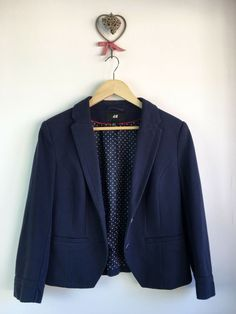 097097658f1 H&M Navy Textured Weave Tailored Jacket. Size 40 / UK 14 (Small size more a  size Length from shoulder to hem