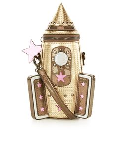 Shoot for the stars with our novelty rocket across-body bag, designed with a metallic aesthetic, cut-out stars and holographic details. This intergalactic creation has a zip-around fastening, plus a detachable and adjustable shoulder strap. Unique Purses, Unique Bags, Cute Purses, Holographic Purse, Brown Crossbody Purse, Novelty Bags, Novelty Handbags, Metallic Handbags, Use E Abuse