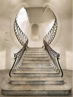 Some art nouveau. Great combination of outside the box staircase and art deco design Escalier Art, Escalier Design, Beautiful Architecture, Art And Architecture, Architecture Details, Staircase Architecture, Arte Art Deco, Art Nouveau, Balustrades