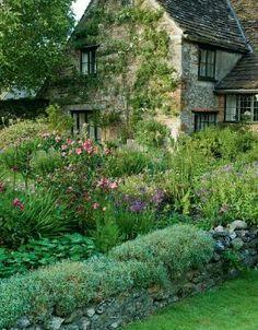 A country garden in Dorset, England