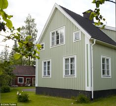 Elisabeth Dunker's dream cottage in the Swedish countryside