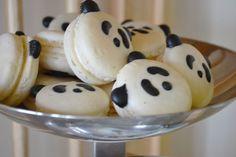 Panda Bear Party #panda #macarons