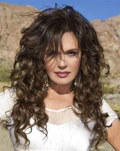 Marie Osmond Hot, Beautiful Celebrities, Beautiful Women, Dresses For Apple Shape, Hollywood Actresses, Curly Hair Styles, Hair Beauty, Celebs, Osmond Family