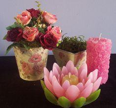 Flor de lotus e maciça com rosinhas