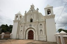 """Honduras - Iglesias coloniales de la Mancomunidad de Colosuca  foto """"Iglesia La Merced, de Gracias, Lempira, ubicada en el barrio del mismo nombre."""""""