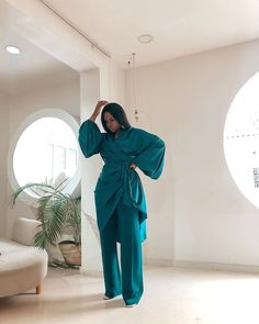 Muslim Fashion, Modest Fashion, Fashion Outfits, Fashion Trends, Classy Dress, Classy Outfits, Stylish Outfits, Dress Link, Indie