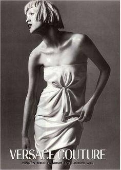 Versace Fall/Winter 97.98   Richard Avedon  model: Karen Elson.