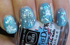 Secretary`s Nail Art: Let It Snow
