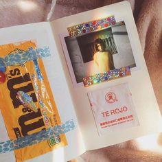 1. chocolates que comí cuando empezamos stranger things 2. polaroid que me sacaron cuando me corté el pelito 3. un saquito de té que me parecio lindo