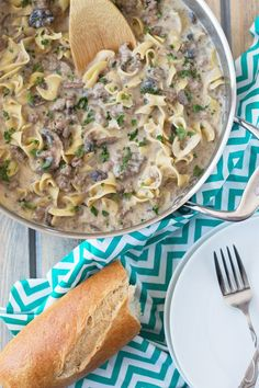 One Pot Hamburger Stroganoff is a quick and easy recipe. Ground beef, onions, mushrooms and egg noodles all cooked in a creamy sauce. (no cream of mushroom soup)