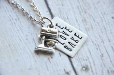 Collar - collar de hornear de amor vivo - mano de la hornada estampadas regalos de collar - joyas de la hornada - panadero - panadero collar - regalo para ella