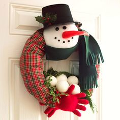 A Different kind of Wreath~~Fabric Snowman Wreath