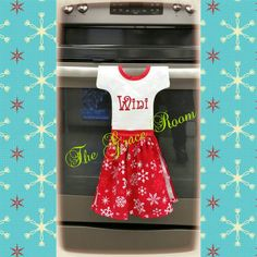 NEW FROM THE GRACE ROOM!Check out this item in my Etsy shop https://www.etsy.com/listing/256081638/red-and-white-monogrammed-snowflake-oven