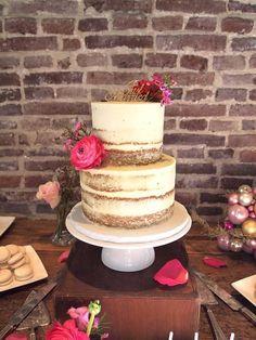 Delightfully Cute Wedding Cakes Inspiration - MODwedding