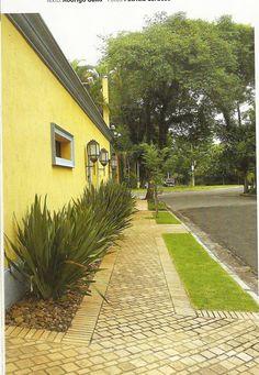 RAQUEL LAMAC: Calçadas Residenciais