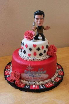 Las Vegas inspired groom's cake featuring Elvis Presley #wedding #Las Vegas #poker www.BrassTacksEvents.com www.facebook.com/BrassTacksEvents www.twitter.com/BrassTacksEvent