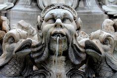 Fontana del Pantheon. Rome