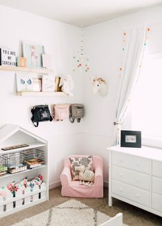 Home // Blake's Big Girl Room cute modern white and pastel toddler room