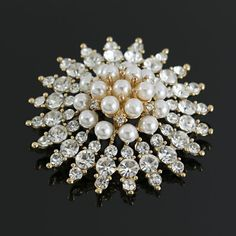 Broches Prendedores Perlas y Cristales Brillantes Lindas Joyas Antique Jewelry, Antiques, Jewels, Murano Glass, Glass Beads, Pearls, Crystals, Ornaments, Manualidades