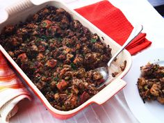 vegan stuffing with deep, complex, savory flavors that bakes up with a moist texture almost like a savory bread pudding. A stuffing so good that my meat-eating family would attack and devour it with reckless abandon. Vegetarian Thanksgiving, Thanksgiving Menu, Thanksgiving Stuffing, Christmas Stuffing, Dairy Free Recipes, Vegetarian Recipes, Healthy Recipes, Vegan Vegetarian, Gluten Free