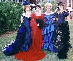 I want to make the red one - it is the dress Scarlett O'Hara wore to the party