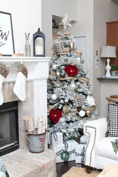 Love the black and white touches with red in this gorgeous Christmas Home Tour! See more on https://ablissfulnest.com/ #ad #kirklands #christmasdecor #christmashometour #christmasdecorating #christmastree #christmasentry