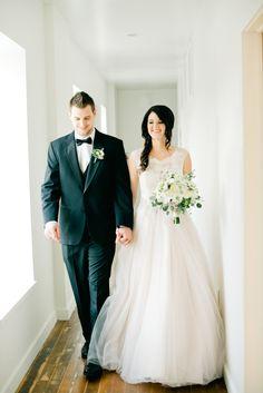 Photography: Ivy & Stone - www.ivyandstonephotography.com  Read More: http://www.stylemepretty.com/2014/03/12/classic-romance-inspiration-shoot/