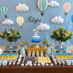 Saving for the clouds and hot air balloon decor! Baptism Party, Baby Party, Baby Shower Parties, Baby Shower Themes, Baby Boy Shower, Baby Shower Decorations, Baby Birthday, 1st Birthday Parties, Balloon Decorations